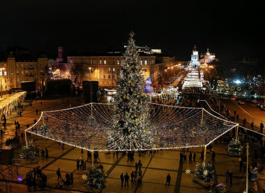 クリスマス、世界のクリスマス、世界、面白い、個性的、ユニーク、ウクライナ、蜘蛛