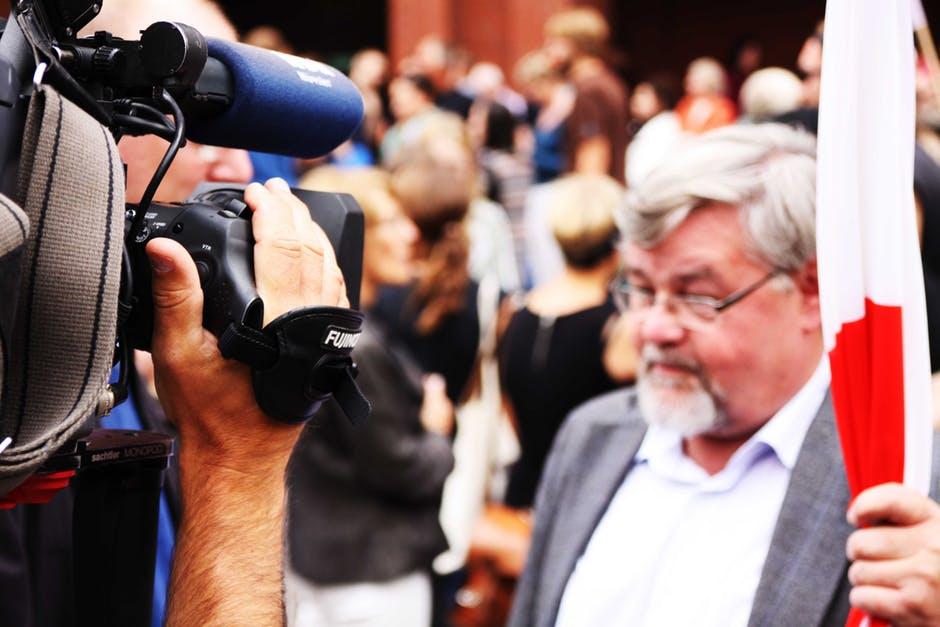 watch-tv-camera-interview-tv-57715